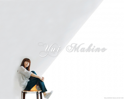 My second Yui Makino Wallpaper